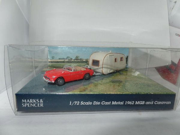 Cararama Marks Spencer 1/72 Scale MG MGB Towing Caravan Large White Spare Wheel